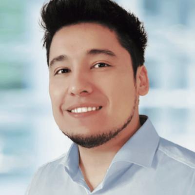 Diego Cisterna es Ingeniero Civil de la Universidad de Chile, Máster de la Universidad de Stuttgart